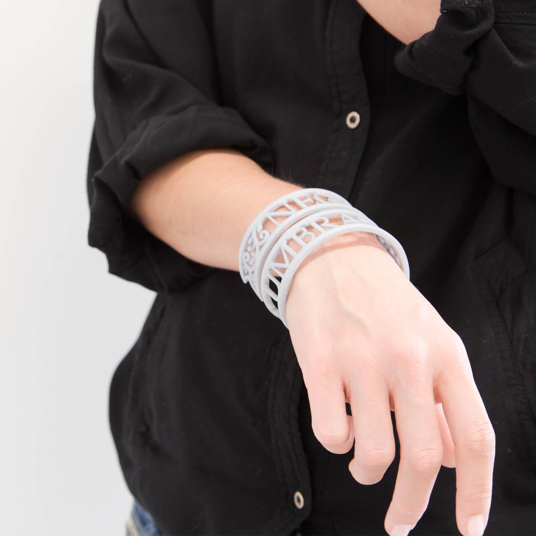 sn-10045880 2 Victoria Contreras Flores - Neque Lux Sine Umbra - Bracelet